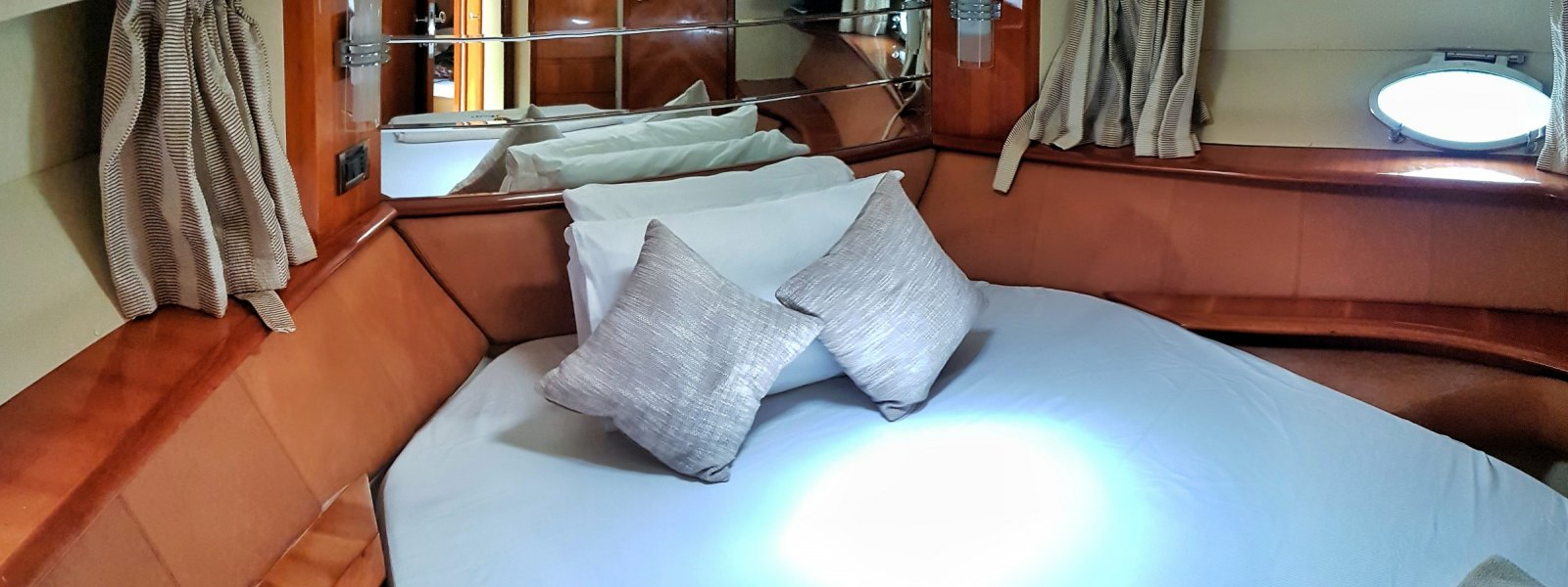 Cozmo 50 Seamaster Yacht luxury bed room.