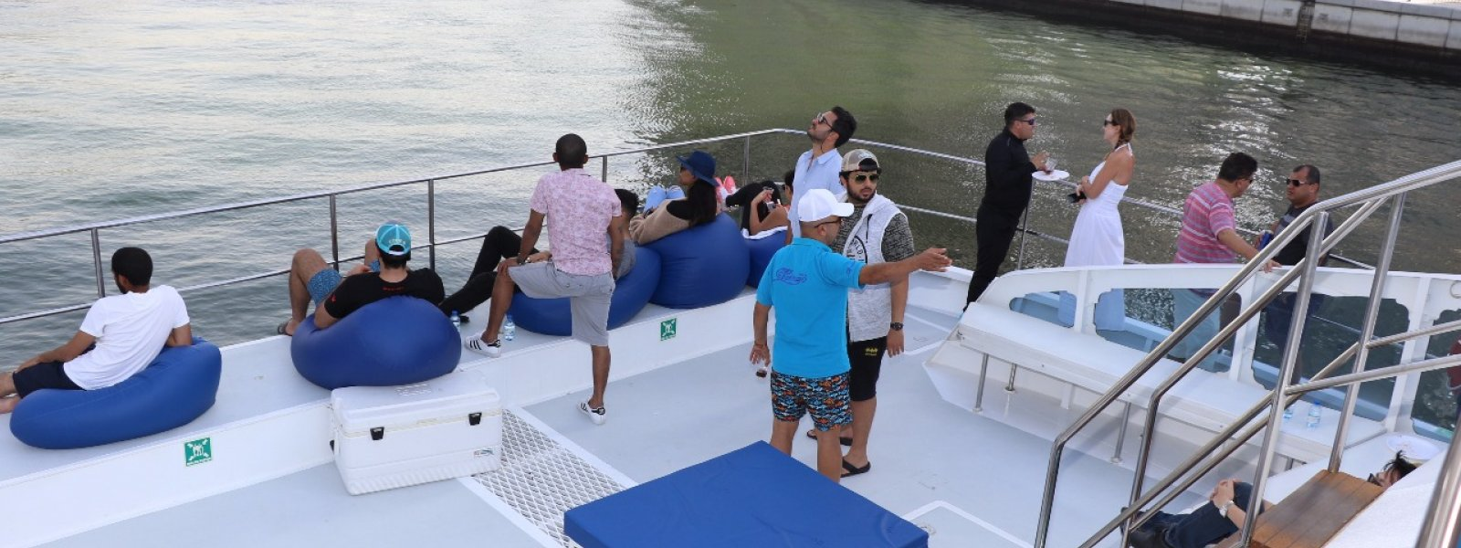 cozmo catamaran yacht enjoy water cruise with family