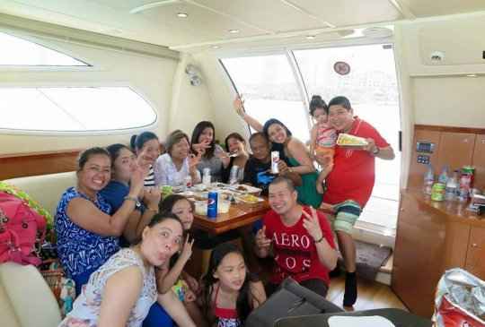 Dubai Yacht Trip Group 4