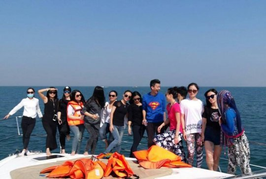 Dubai Yacht Trip Group 5