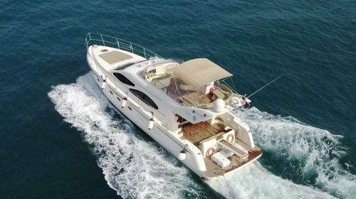Charter 55 Feet Fairline Squadron Yacht in Dubai